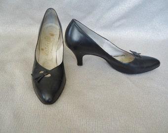 Classic Black Leather Rockabilly Vintage 1950's Womens Pumps Shoes 9.5 N