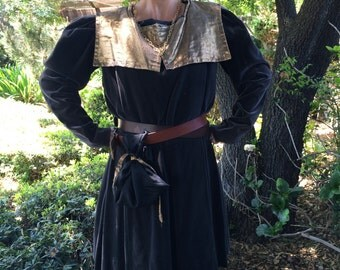 Unisex Game of Thrones Renaissance Medieval Gray Brown Tunic