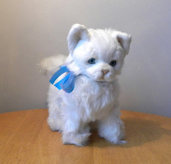 Vintage cat jockline toy white fluffy cat vintage kitten for Fluffy cat toy
