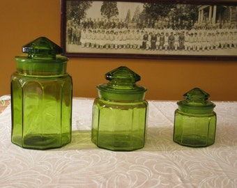 Emerald Glass Storage Jars Green Apothecary Containers Storage for Kitchen or Bathroom LE Smith