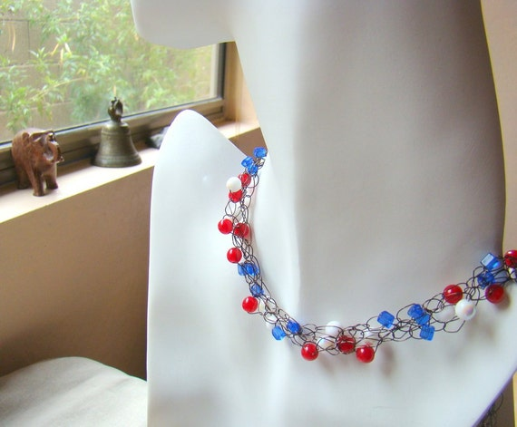 Wire Crochet Necklace // Red White and Blue // Beaded Crochet Necklace // Beaded Jewelry - CR0013