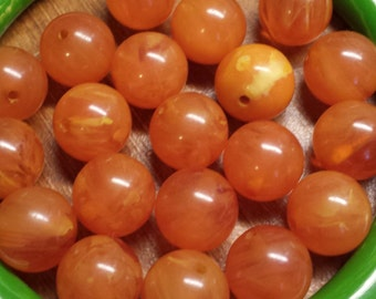 20 Vintage bakelite/catalin beads marbled peachy orange 12mm lot jewelry supply