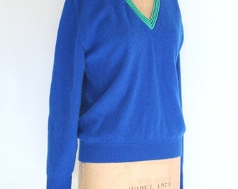 vintage 50s cashmere tennis sweater - 1950s unisex v neck pullover / 1960s royal blue cashmere sweater / Braemar sweater - Scotland sweater
