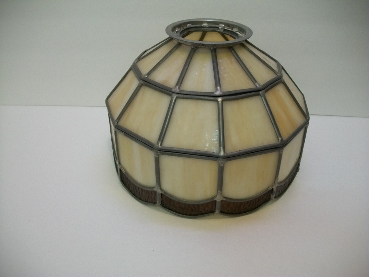 tiffany style stain glass lamp shade leaded glass lamp shade. Black Bedroom Furniture Sets. Home Design Ideas