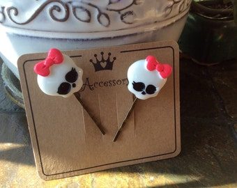 bobby pins ~hair pins Skull bobby pins set of 2 on presentation card handmade