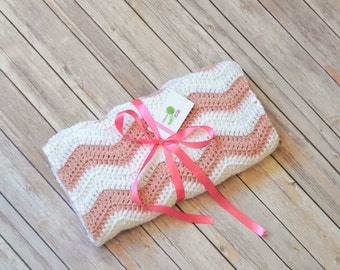 Baby Girl Pink and White Weave Crochet Blanket