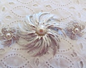 Sarah Coventry Demi Brooch Earrings Large Hurricane Swirl Rhodium Plated with Simulated Pearls