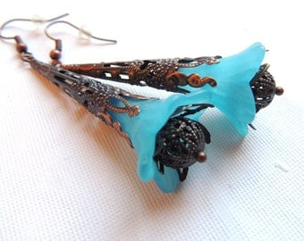 Sky Blue Vintage Earrings. Frosted Lucite Flower Earrings. Antique Copper Earrings. Handmade Earrings. Handcrafted Jewelry.