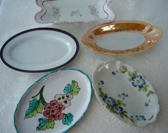 Vintage trinket/ring/bone/sos/jewelry/soap/dish 1940s