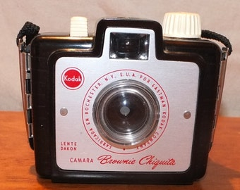 Kodak Brownie Chiquita Camera