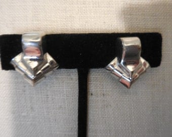 Vintage Silver Tone Monet Small Clip On Earrings Non Pierced Abstract Mod 1960s to 1990s
