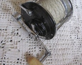 Vintage Penn Long Beach 66 Fishing Reel