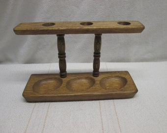 Early American Style Pipe Stand, pipes