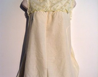 1960's Babydoll Nightie with matching PANTY. Vintage, Pale Yellow Baby Doll,Nightgown. Mod, Lolita, Mad Men. Gossard Artemis, Size Small.