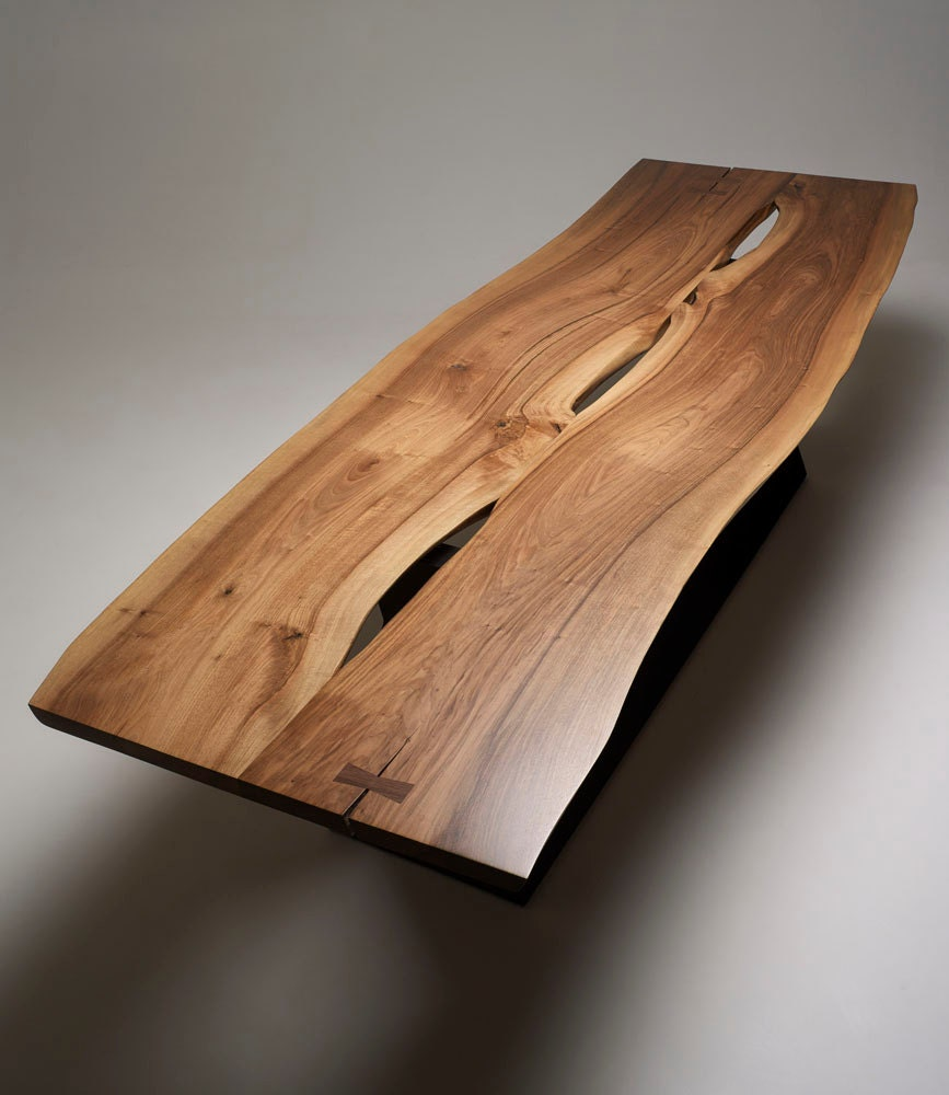 Stunning live edge walnut dining table for Table bois brut