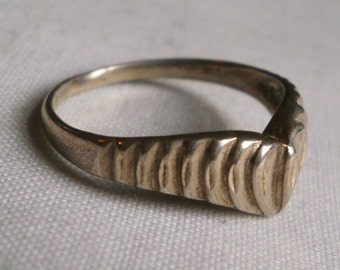 Sterling Silver Heart Ring-Size 7