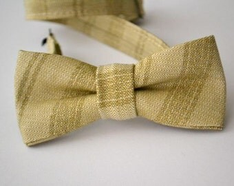 Children's Bowtie in Gold Metallic Stripe