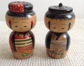 Pair Wood Kokeshi Doll Figure Salt & Pepper. Vintage Bobble Heads, Bobblehead, Japan.  Vintage Modernist. Mod, Mid century.