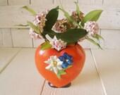 Vintage vase red heart ceramic flowers Art Deco 1940s