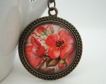 Old Fashioned Rose in Antiqued Setting with Free Necklace