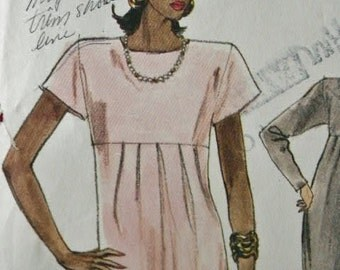 Very Easy Vogue Empire Waist Dress 7115 Sewing Pattern Size 8 10  12
