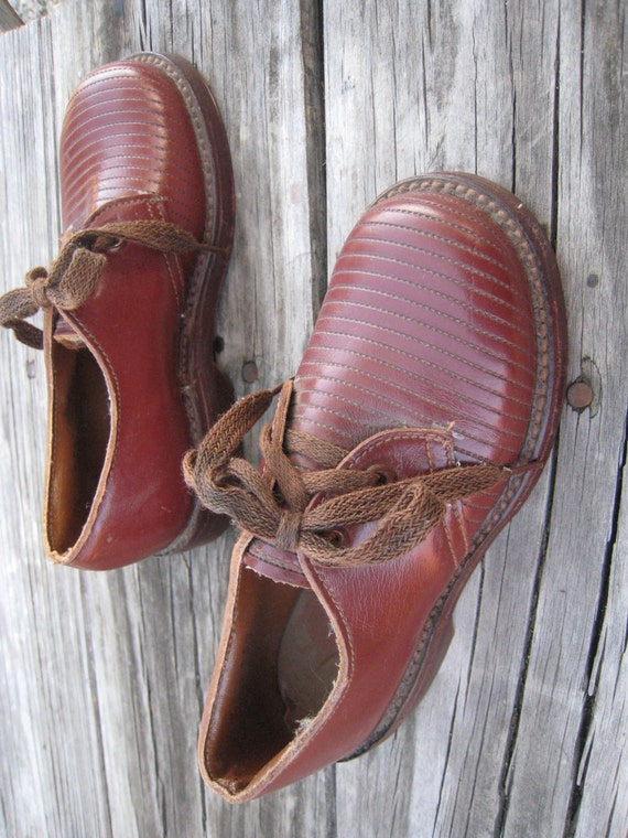 Vintage NOS Childrens Happy Mates Leather Shoes Found in a Time Capsule Department Store