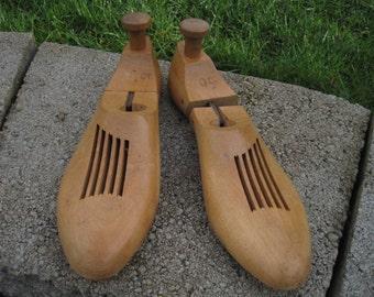 Pair of Shoe Forms, Wooden Shoe Form Pair, Size 10 C