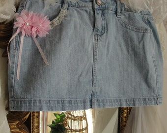 Jean skirt with pink flowers and ribbons
