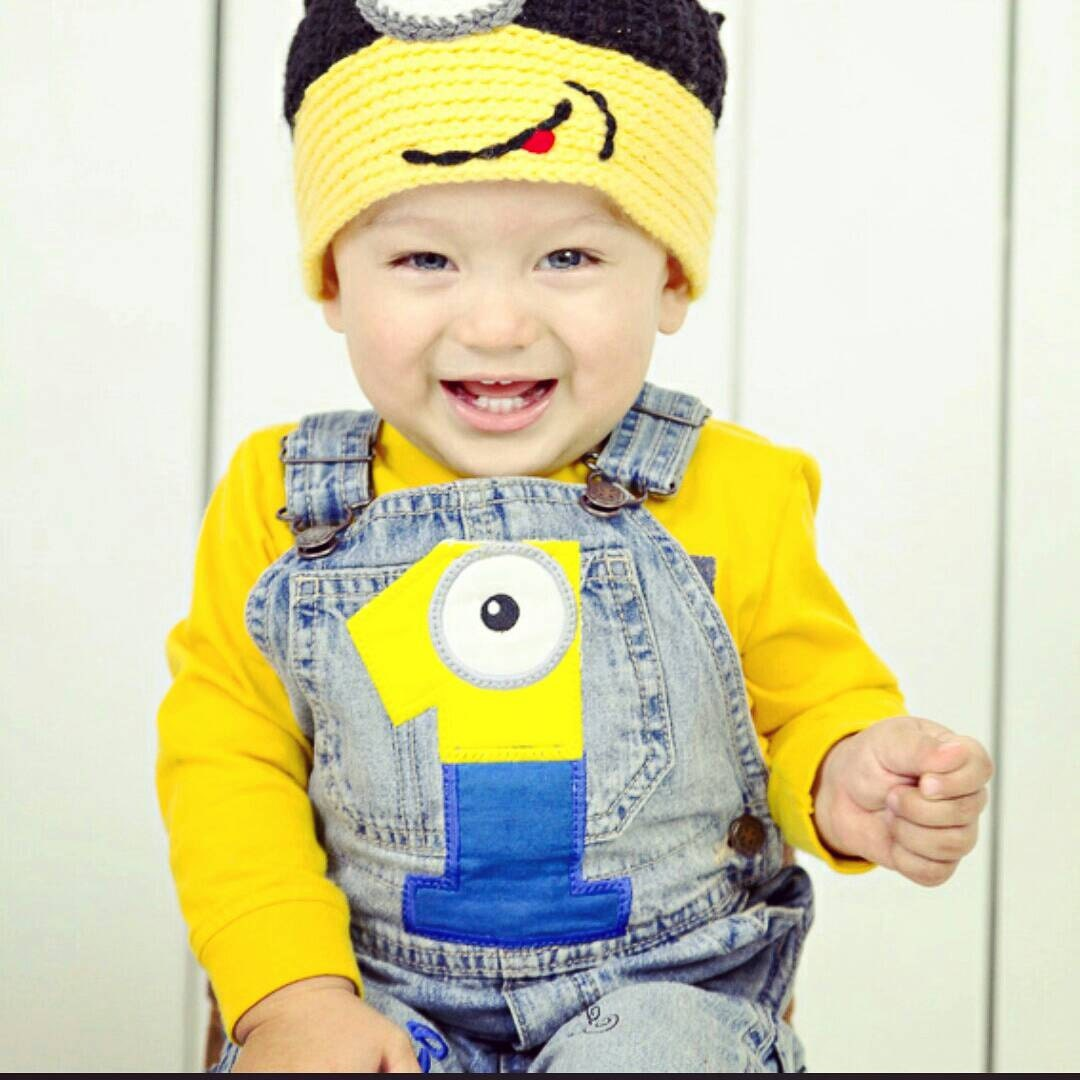 New Spring Autumn Baby Boys Minions Clothing Sets Kids Boy Minion Clothes Set Kids 3 Pcs Casual Sport Suits Set Boy Clothes Find this Pin and more on Baby Clothing by Kid Shop Global. Newest Boys / Girls Minion Infant/Newborn Sets Vest+T Shirt+Pants 3 Pcs.