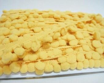 5 Yards Mustard Yellow Large Pom Pom Trim, Yellow Trim, Yellow pom pom trim, Trim Lot, Wholesale Trim, Yellow, Large Pom Pom, pom pom fringe