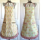 Women's Reversible Spring Floral Busy Bees