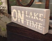 Distressed wooden 'On Lake Time' - 10x6x2