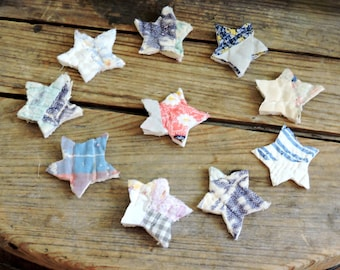 Primitive Star Appliques Vintage Cutter Quilt Patchwork Shabby Feedsack Americana Tiny Stars Prim Handmade Embellishments itsyourcountry
