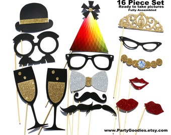 Valentine's Day Photo Booth Prop - 16 Piece GLITTER Set - Wedding Photobooth Prop - Valentine Party Props