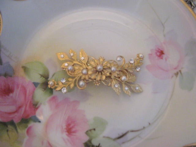 barrette de mariage perle or accessoires cheveux par arlenesrubies. Black Bedroom Furniture Sets. Home Design Ideas