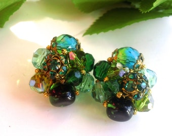 Jonne Green Rhinestone & Glass Vintage Cluster Earrings Stylish Retro Fashion Jewelry