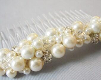 Pearl Wedding Hair Comb Bridal Hair Accessory Pearl Hairpiece Bride Pearl Haircomb Decorative Comb Wedding Hair Medium Size Pearl Hair Comb