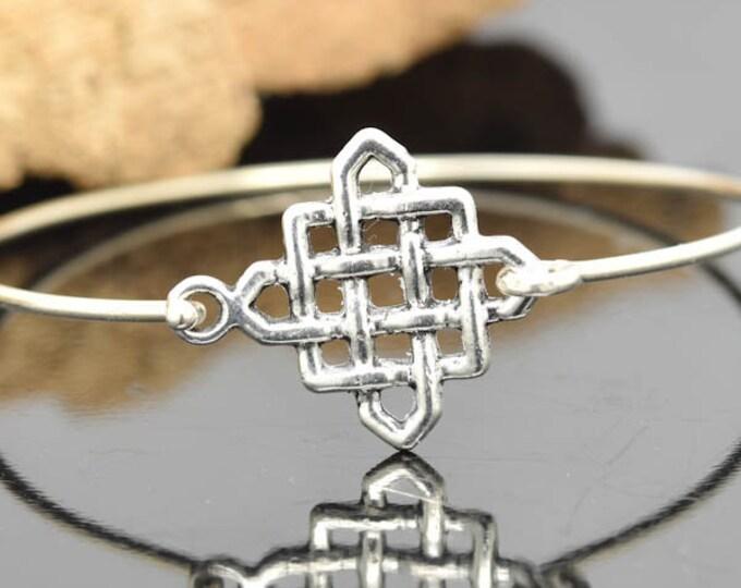 Knot Bangle, Sterling Silver Bangle, Knot Bracelet, Stackable Bangle, Charm Bangle, Bridesmaid Bangle, Bridesmaid jewelry, Bridal Bracelet