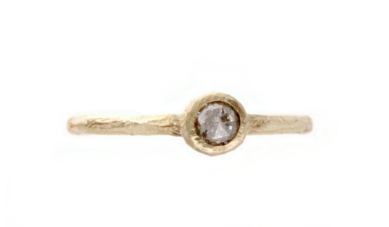 A light grey diamond engagement ring Pod by SundayOwl on Etsy