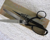 Vintage Wiss Pinking shears, silvertone and black Pinking scissors, scrapbooking scissor, sewing scissors, vintage Wiss pinking sheers, SB11