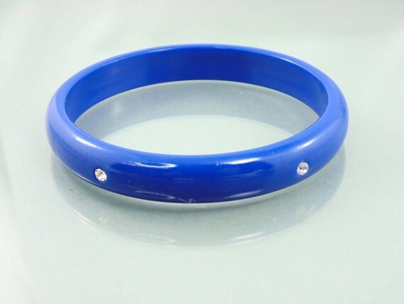 vintage royal blue plastic bracelet with clear rhinestones