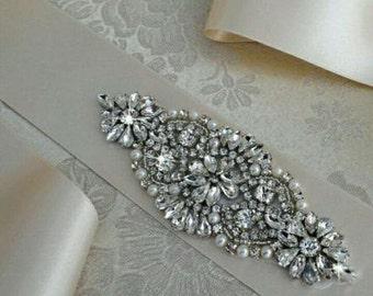 Crystal Rhinestone Applique with Pearls for Bridal Headband Wedding Sash Bridal Belt