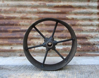 Antique Iron Metal Wheel Hit and Miss Style Cart Wheel Spoked Wide Rim Primitive Vintage Wheel Farming Hit and Miss Engine