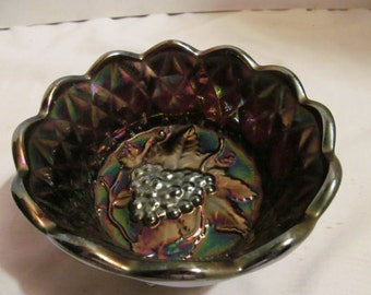 Fenton Carnival Glass Purple Iridescent Dish-Grape Cluster and Diamonds