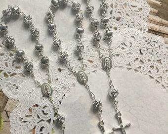 50 pcs  First communion favors / Mini  Rosary Baptism Favors / Baptism favors / Religious Mini Rosary / Narelo