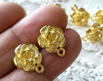 11 mm Golden Plated Charm Flower Earrings With Stoppers (.sm).