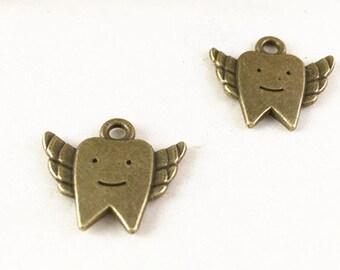 25pcs Antique Bronze Tooth Fairy Charm Pendant 17x20mm G304-3