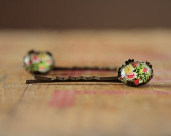 TWO glass floral bobby pins, flower kirby grips in a retro style, bridesmaid hair accessories, etsy uk, weddings uk