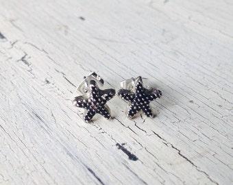 Tiny Starfish Stud Earrings, Starfish Studs, Starfish Cartilage Earrings, Starfish Earrings