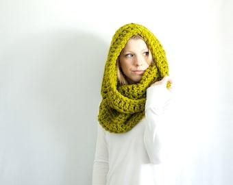 the CHEROKEE cowl - chunky cowl scarf hood circle scarf - lemongrass - slightly ribbed